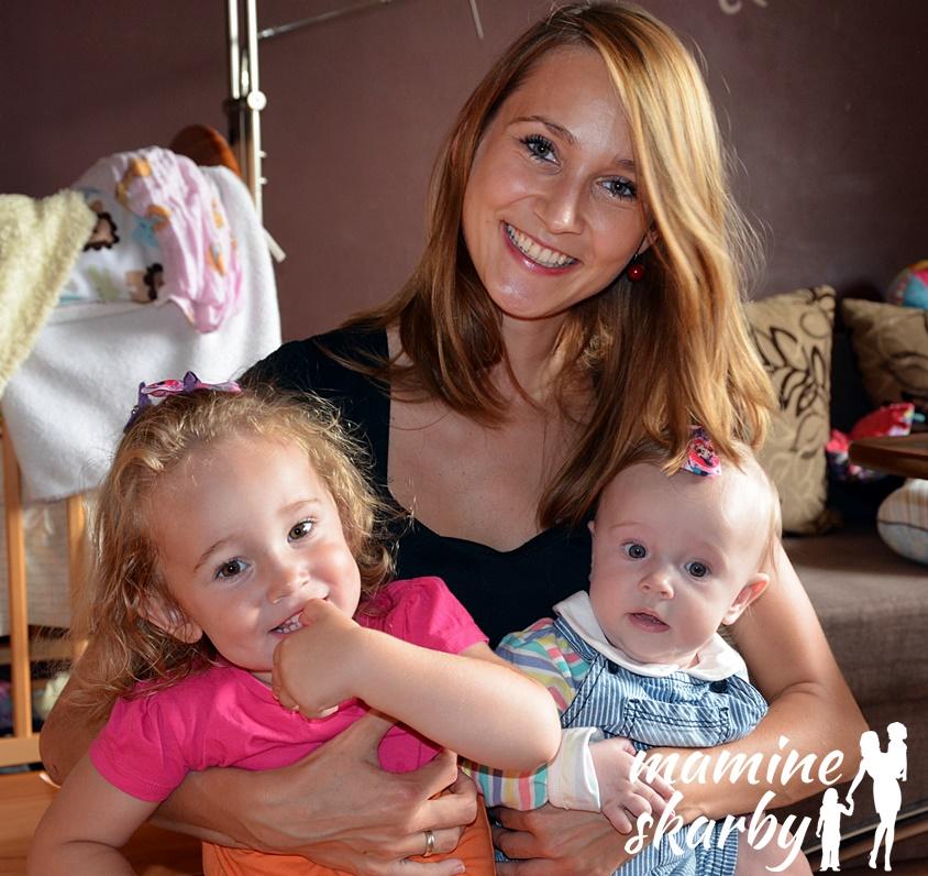 5 miesiąc mama z dziewczynkami