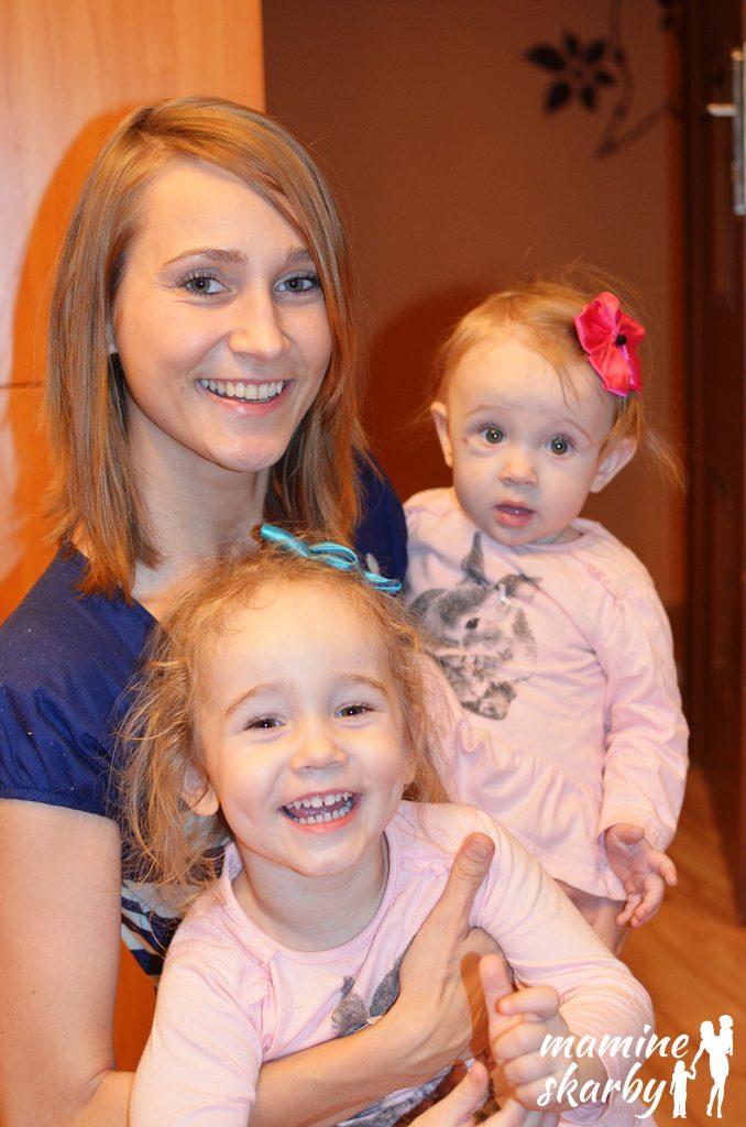 11 miesięcy mama z Lilą i Laurą