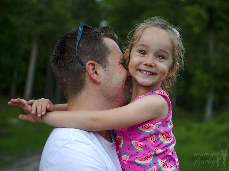 tata i córka nasycenie