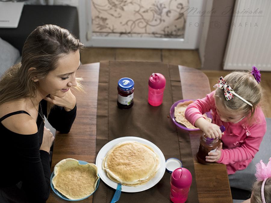 śniadanie z dziećmi
