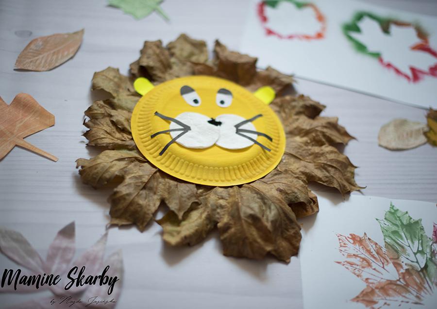 lew z liści