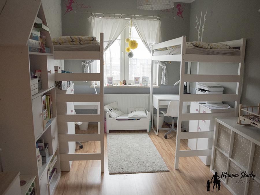 łóżka piętrowe z antresolą