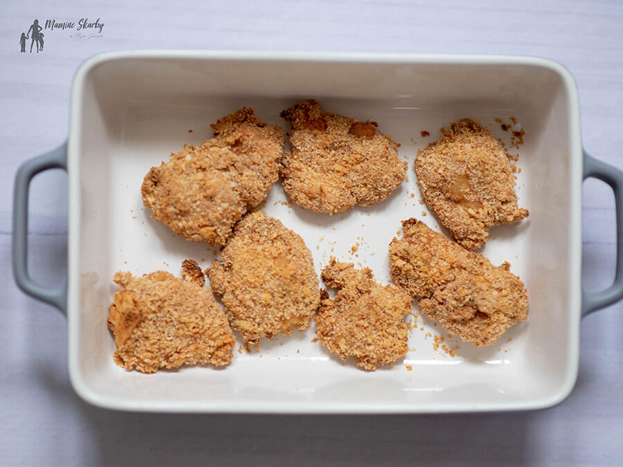 piersi z kurczaka w krakersach